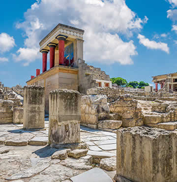 The bronze age archaeological site of Knossos