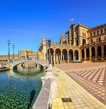 Moorish architecture of Seville's palace