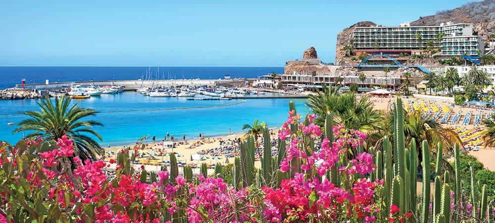 Puerto Rico beach in Gran Canaria