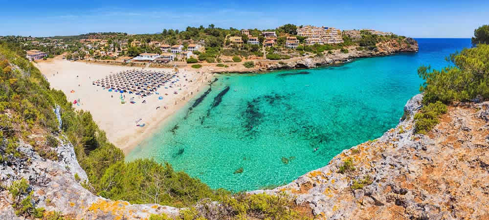 Cala Romantica beach in Mallorca
