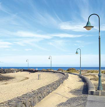 Playa de las Cucharas beach in Lanzarote