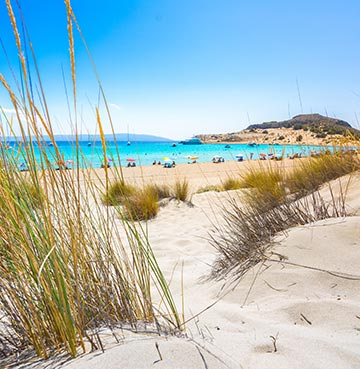 Golden sands and turquoise waters in Peloponnese