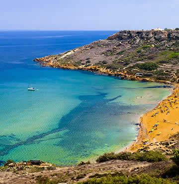 Golden sands on Gozo at Ramla Bay