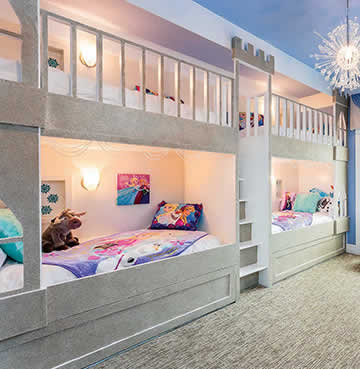 Themed children's bedroom in Malitta Mansion, Orlando