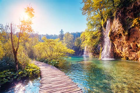 Wooden walkway through Plitvice Lakes