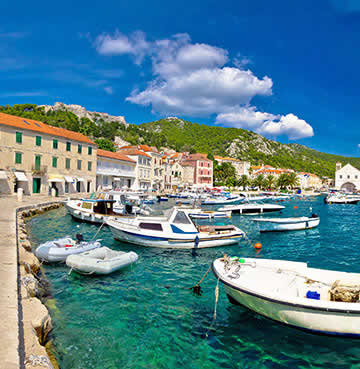 Bobbing boats in Hvar harbour