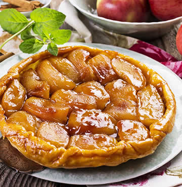 Sweet-caramel apple Tarte Tatin