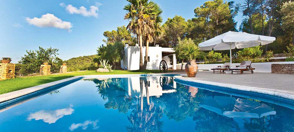 Pool and villa view in Villa Atzi, Ibiza