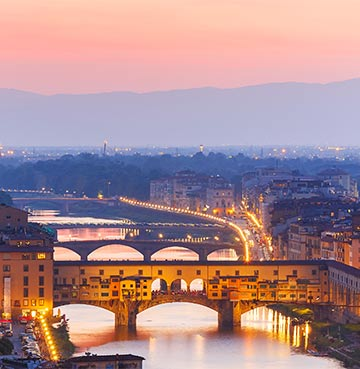 Ponte Vecchio over the Arno River, Florence, Italy