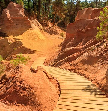 Ochre Trails in Roussillon, South of France