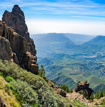 Beautiful valley and mountain views from the peak of Pico del Nieves in Gran Canaria