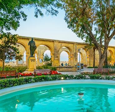 The Upper Barrakka Gardens view from fountain.