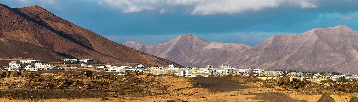 Holiday with us in Playa Blanca