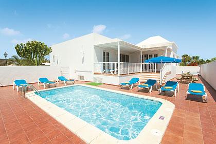 top 125 villas for large groups in spain rh jamesvillas co uk