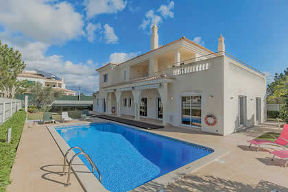 Villas in Vilamoura | James Villas