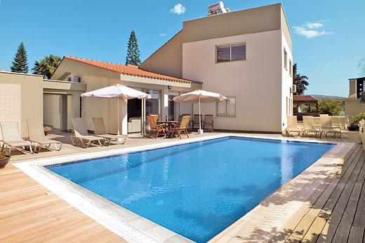 Ocean Bay Villa in Coral Bay > Cyprus | Villa details