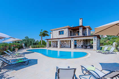 top 32 villas with heated pools in cyprus rh jamesvillas co uk