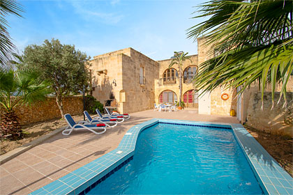 late villa deals and last minute villa holidays james villa holidays rh jamesvillas co uk