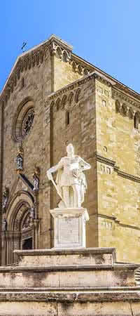 Excursions and Places of interest in Arezzo Image