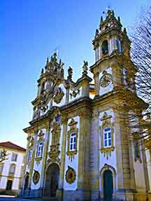 Hints of history in Douro Valley Image