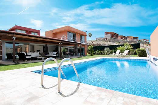 Salobre villas 3 in salobre golf resort gran canaria for Villas salobre golf