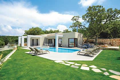 White Oak Tree Villa