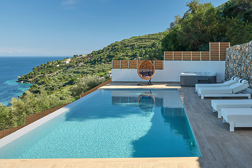 Villa In Spain For Sale With Infinity Pool