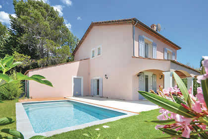 top 15 villas for large groups in france rh jamesvillas co uk